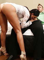 Brunette whore India Summer is doing some cock sucking and pussy banging