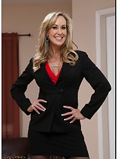 Classy striptease dancer Brandi Love showing big tits and amazing ass