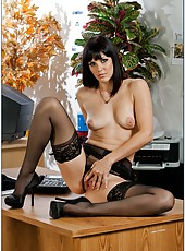 Business woman Bobbi Starr seduces a man and gets his sperm on the lips