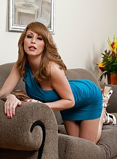 Splendid and buxom milf Monique Alexander meets a powerful cock