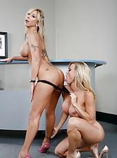 Top-class blonde office milfs Amber Lynn and Morgan Ray seduced lucky boyfriend