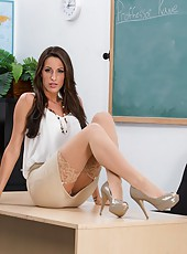Kortney Kane shows her shaved pussy for an amazing fuck with her student