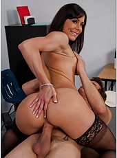 Naughty dark haired babe Kendra Lust gets a sperm on the big boobs