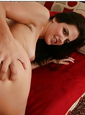 Ravishing girl Bobbi Starr is doing a good blowjob with a lot of passion