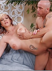 Unmatched slut Brittany Blaze gets naughty with a strong tattooed fellow
