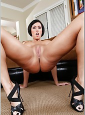 Passionate babe Dylan Ryder rubs her sexy body and gets pleasure