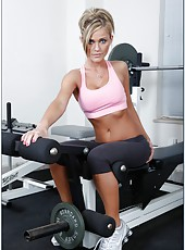 Topnotch woman Mckenzee Miles shows off her amazing forms and fucks in the gym