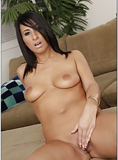 Horny girl Sophia Bella masturbates and demonstrates her sweet tits