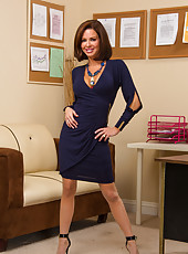Business lady with big boobs Veronica Avluv wears too provocative lingerie