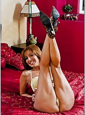 Mature woman with exciting forms Tara Holiday gets on the big cock
