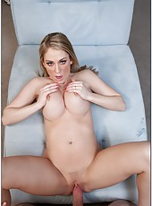 Blonde minx with big boobs Amber Ashlee shows off her sweets and fucks