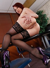Redhead milf with big boobs Nicki Hunter penetrated in her sexy stockings
