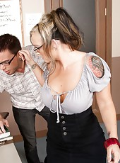 Tattooed milf with big boobs Shay Morgan enjoys fingering interlude