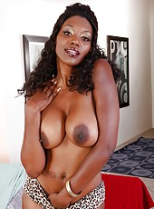 Winsome Ebony milf with provocative forms Nyomi Banxxx fucks white guy