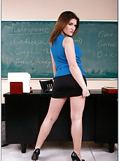 Sexy teacher Austin Kincaid is tired of her boyfriend so she seduces a student