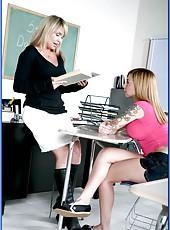 Mrs. Bridgette Monroe invited her colleague to fuck horny student Scarlett Pain