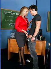 Appetizing blonde teacher Joclyn Stone wants to check his homework