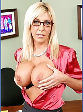 First-class milf with big boobs Misty Vonage gets fucked at her workplace