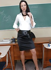 Long-legged and busty teacher Kimberly Kole and a delicious piece of delight