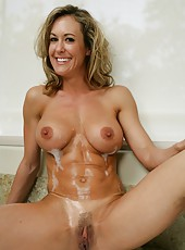 Mature with big tits and hot temperament Brandi Love fucked in the bathroom