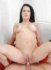 Lucky fucker TJ Cummings licks Elle Cee