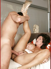 Lovely mature Deauxma enjoying young wieners and making blowjobs