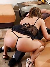 Kelly Leigh takes her neighbor
