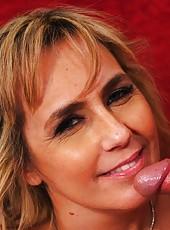 Stylish bitch Wanda Lust prefers swallowing dicks and getting cumshots