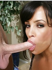 Radiant pornstar Lisa Ann banging with a young fellow and getting satisfied