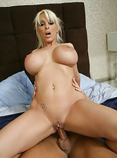 Winning babe Holly Halston reaching satisfaction after getting a cumshot