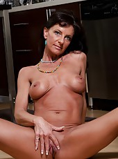 Wonderful mature Sarah Bricks can