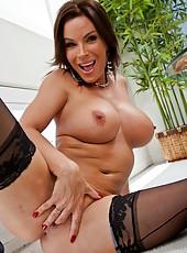 Snazzy pornstar Diamond Foxxx showing big ass and making pussy wet