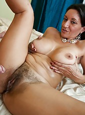 Lovely hooker Persia Monir showing hairty sissy and riding a wiener