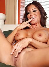 Victorious pornstar Tara Holiday taking off panties and masturbating