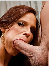 Unmatched milf Syren De Mer prefers sucking balls and getting cumshots