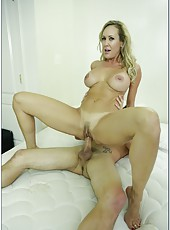 Spoiled bitch Brandi Love prefers making deepthroats and riding wieners