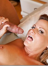 Irresistible babe Becca Blossoms wants to be drilled several times per day