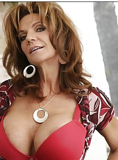 Flawless pornstar Deauxma rubbing big boobs and spreading axilla