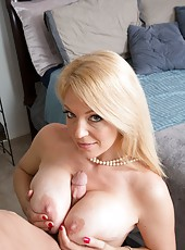 Dazzling babe Charlee Chase fucking on the sofa and reaching climax