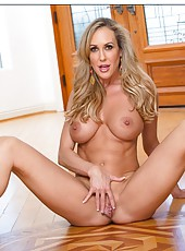 Elegant minx Brandi Love showing her awesome body and fingering