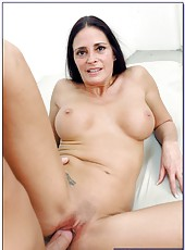 Horny brunette milf Cheyenne Hunter tastes a sweet sperm and gets pleasure