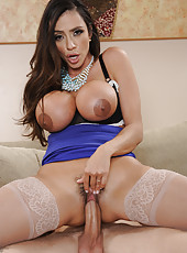 Jolly hussy Ariella Ferrera licking a delicious dick and getting satisfied