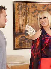 Posh peach Mellanie Monroe gets ready to swallow her friend