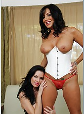 Big tits model Tara Holiday is having threesome sex with Veronica Avluv