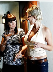 Stunning milf babes Carly Parker and Maria Bellucci in a threesome fuck