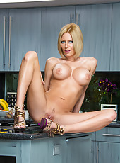 Milf beauty Riley Evans is doing the best titjob in the guys life