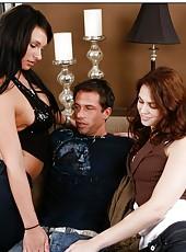 Wonderful pornstars Faith Leon and Kitty Bella are doing hot blowjob