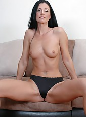 Dark haired milf India Summer is having her tiny tits teased