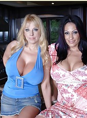 Two marvelous mils Ava Lauren and Harmony Bliss are having a hot threesome