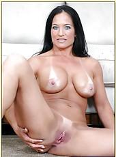 Wonderful pornstar Angel Caliente receiving facial from her man